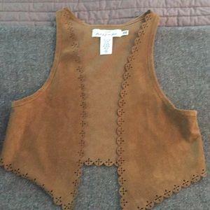 Set of 3 girls fashion vests EUC H&M LOGG by H&M